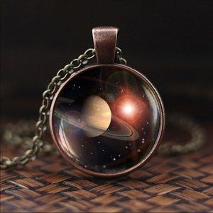 Saturn pendant with chain